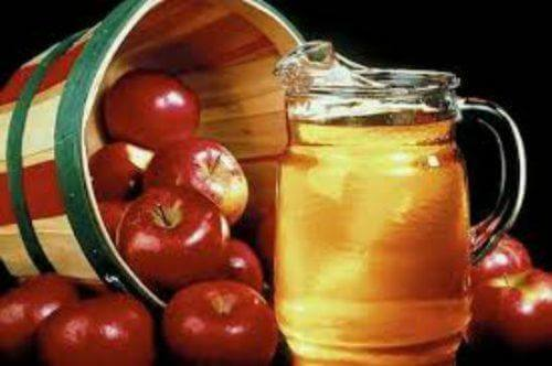 chữa nấm phụ khoa bằng giấm táo