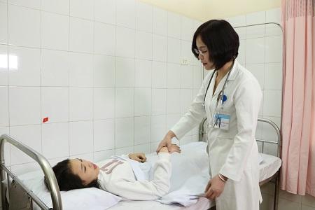 hiện tượng ra máu sau phá thai